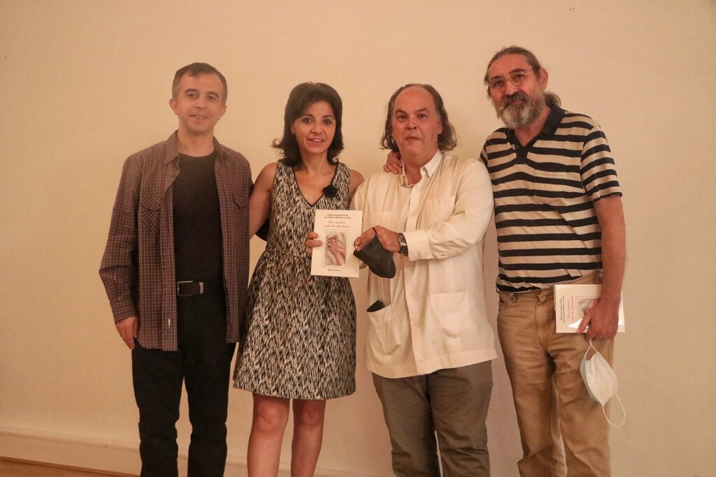 Autores con editor e ilustrador